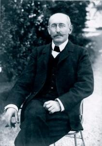 Citizen Dreyfus after his pardon in 1906