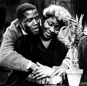 Sydney Poitier & Claudia McNeill as Walter & Mama Younger