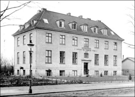 Original building of the Institute for Theoretical Physics