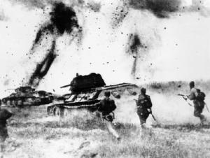 Soviet T-34 tanks with infantry at Kursk