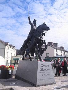 Statue of Owain Glyndwr in Corwen, Wales