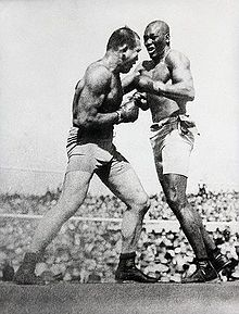 James J. Jeffries fights Johnson in 1910