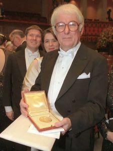 Irish poet Seamus Heaney with his Nobel Prize for Literature in 1995