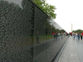 vietnam-memorial11