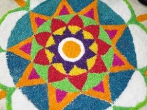 Example of Randoli sand art from festivalls.weebly.com