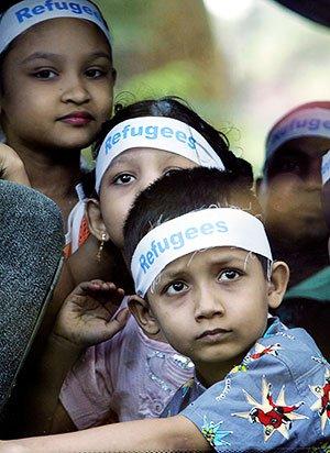 Ethnic Rohingya refugee children from Burma © EPA/SHAMSHAHRIN SHAMSUDIN