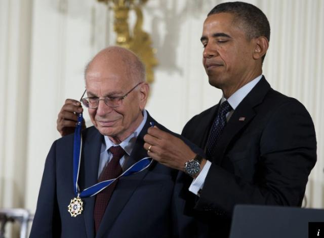 President Obama awarding the Presidential Medal of Freedom to Daniel Kahneman, Dec, 2016