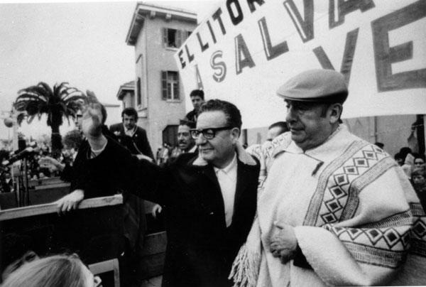 Allende (left) with Neruda (right)